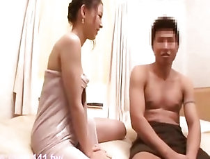 Couple asian masseur...