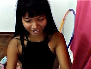 asian,deep-throat,teen Heather Deep hula hoop creamthroat...