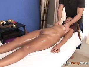 Asian,Hardcore,Massage Cute Thai babe massaged and fucked on...