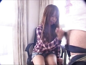18::Japanese,38::HD,312::CFNM,7706::HD,174561::センズリ,216771::手コキ I can not take my eyes off the erect...